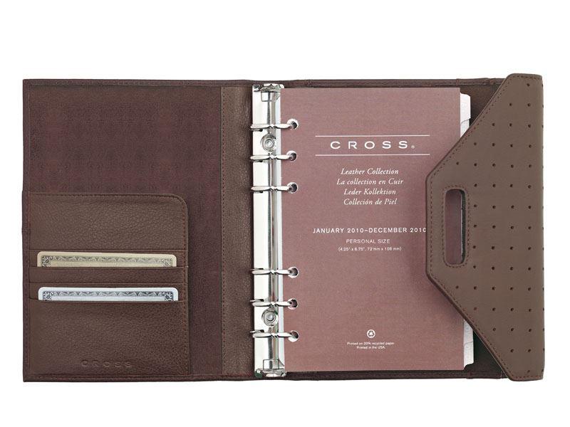 Кожаный органайзер Cross Personal (Ручка и блок еженедельник в комплекте), тип кожи: перфорированная, цвет: коричневый; размер 16.3х18.8 см >