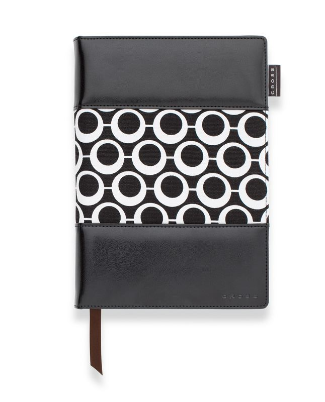 Записная книжка Cross Mod Journal, A5, черная, c ручкой 3/4, 250 страниц в линейку, 2011 >
