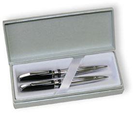 Набор Cross Sydney: шариковая ручка и механический карандаш 0.7 мм, цвет: Black/Chrome Stripe
