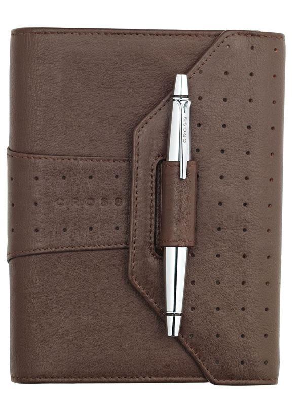 Кожаный органайзер Cross Pocket (Ручка и блок еженедельник в комплекте), тип кожи: перфорированная, цвет: коричневый; размер 12.2х14.8 см >